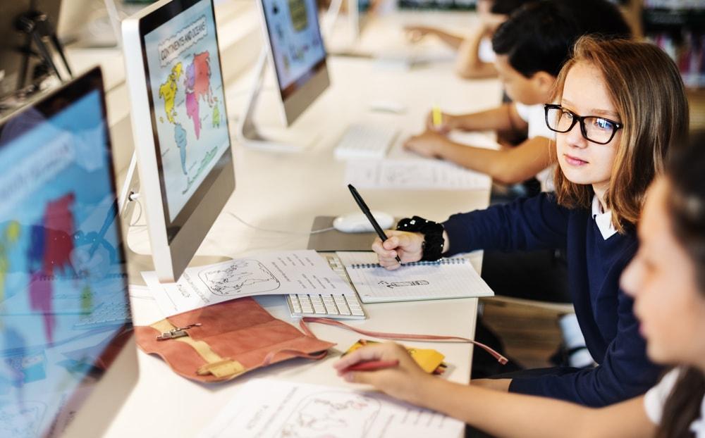 217815-aprenda-como-desenvolver-um-projeto-de-tecnologia-na-educacao